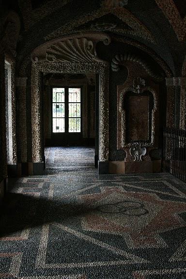 Дворец Борромео ( итал. Isola Bella - красивый остров ) 35522