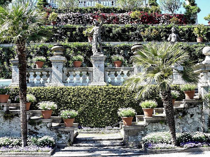 Дворец Борромео ( итал. Isola Bella - красивый остров ) 16989