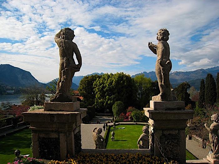 Дворец Борромео ( итал. Isola Bella - красивый остров ) 37707