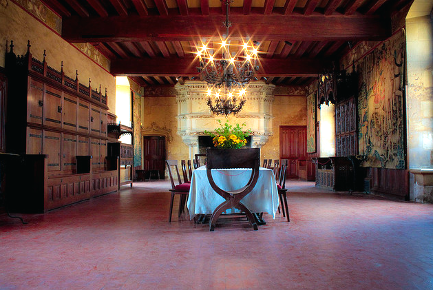 Salle a manger au chateau de Langeais  Flickr - Photo Sharing! (629x421, 623Kb)