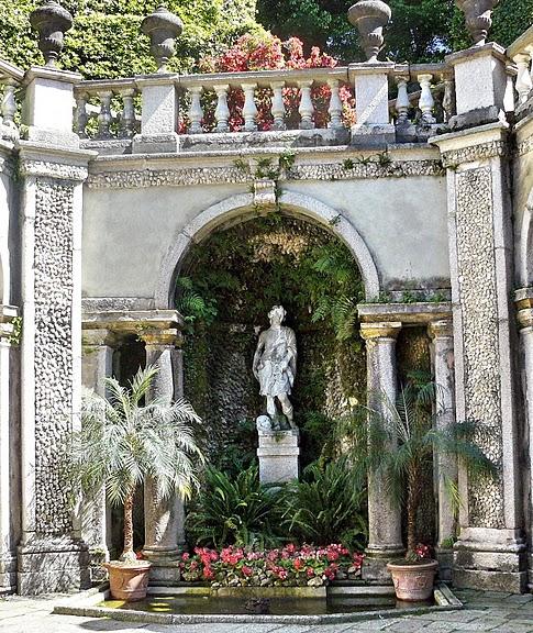 Дворец Борромео ( итал. Isola Bella - красивый остров ) 73766
