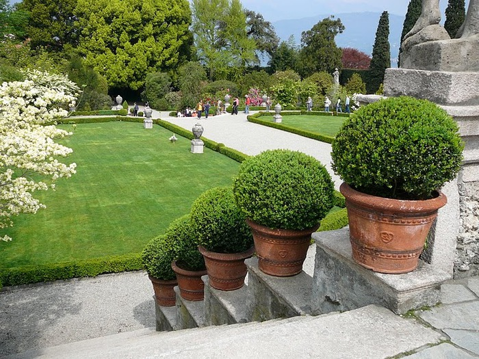 Дворец Борромео ( итал. Isola Bella - красивый остров ) 55570