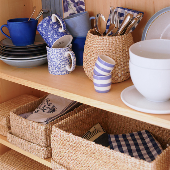 kitchen-shelves-baskets (550x550, 152Kb)