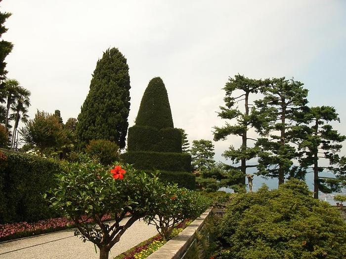 Дворец Борромео ( итал. Isola Bella - красивый остров ) 81880