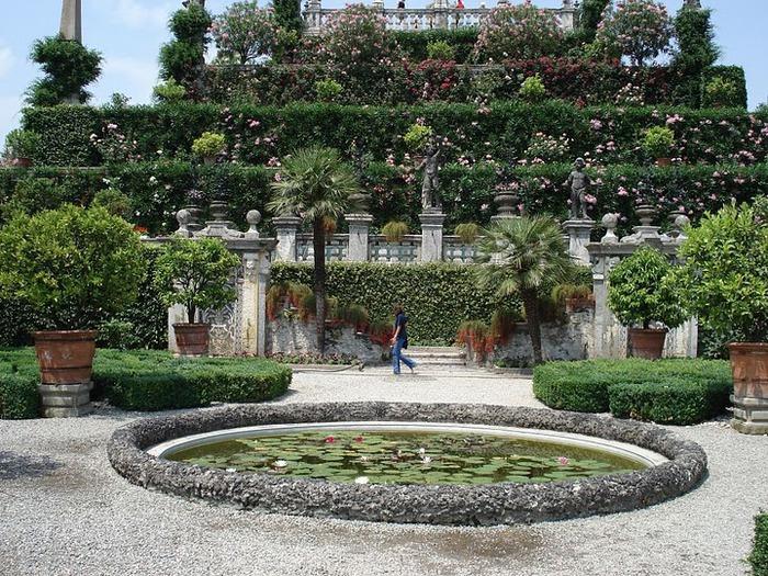Дворец Борромео ( итал. Isola Bella - красивый остров ) 57259