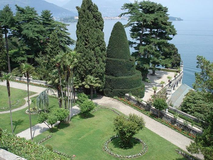 Дворец Борромео ( итал. Isola Bella - красивый остров ) 33978