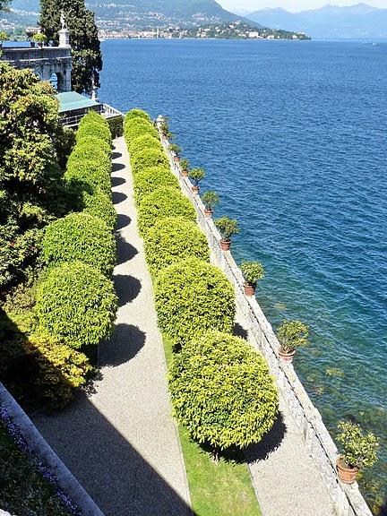 Дворец Борромео ( итал. Isola Bella - красивый остров ) 77602