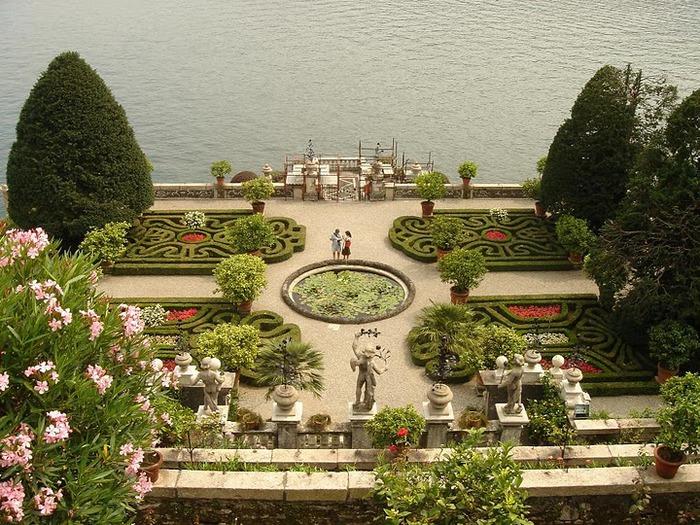Дворец Борромео ( итал. Isola Bella - красивый остров ) 92051