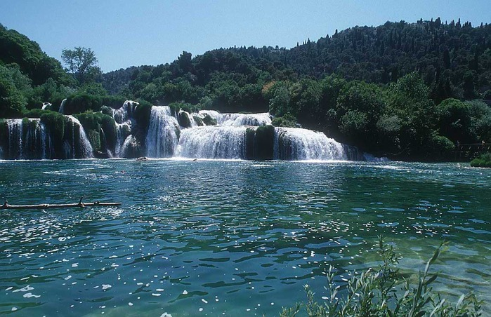 krka-croatia-cx2 (700x452, 139Kb)