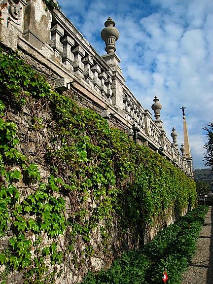 Дворец Борромео ( итал. Isola Bella - красивый остров ) 39606
