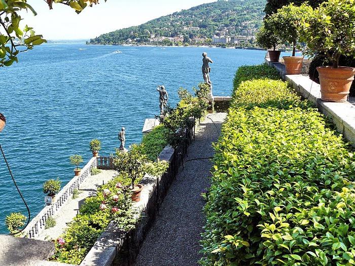 Дворец Борромео ( итал. Isola Bella - красивый остров ) 76475