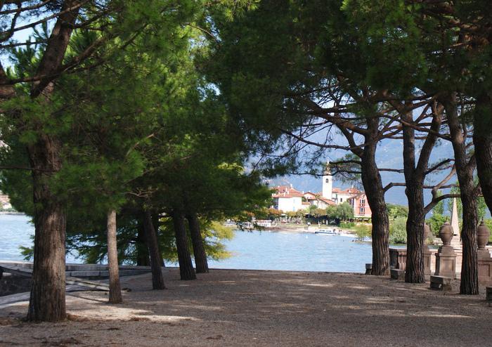 Дворец Борромео ( итал. Isola Bella - красивый остров ) 59028