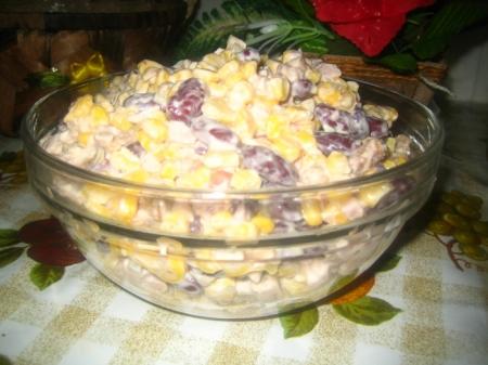 salat_s_suharikami_i_kukuruzoj (450x337, 130Kb)