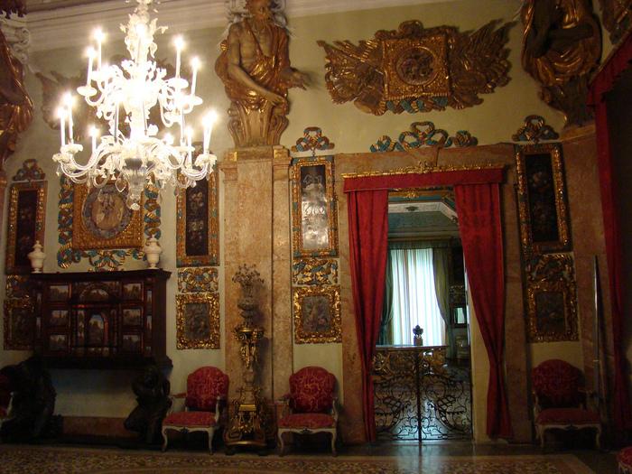 Дворец Борромео ( итал. Isola Bella - красивый остров ) 21783