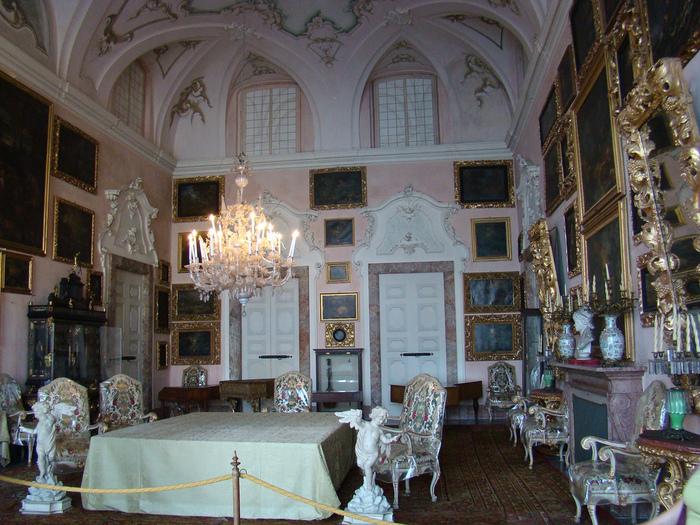 Дворец Борромео ( итал. Isola Bella - красивый остров ) 35628