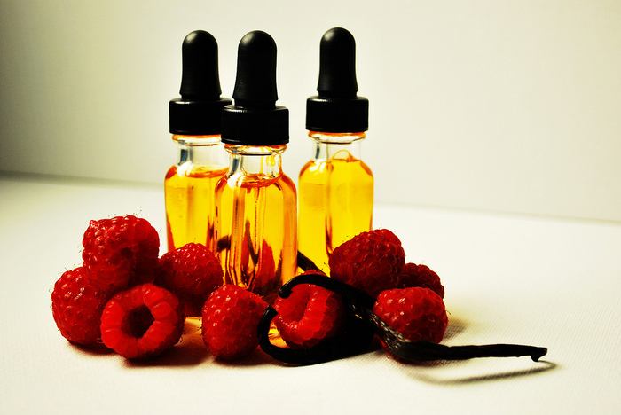 4278666_4669309319_4e7e189b21_Raspberry_Vanilla_Facial_Oil_L (700x468, 145Kb)