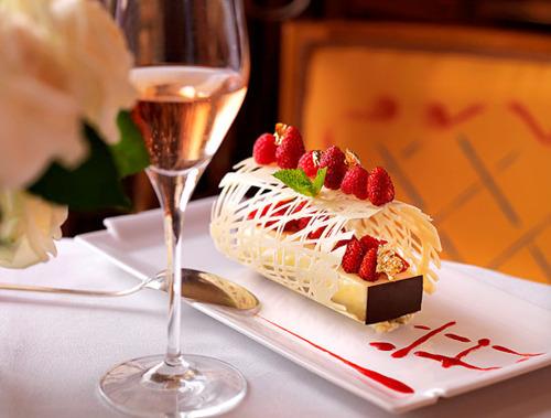 Открытки с шампанским с тортом 27
