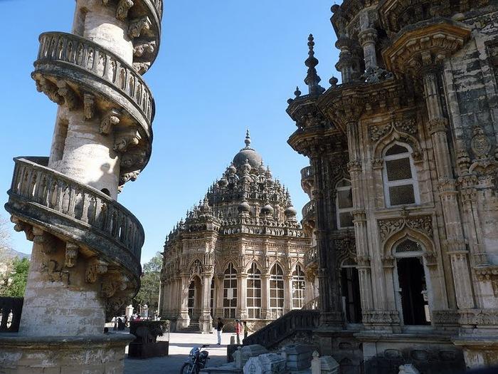 древний Джунагадх - Junagadh (Gujarat). 20253