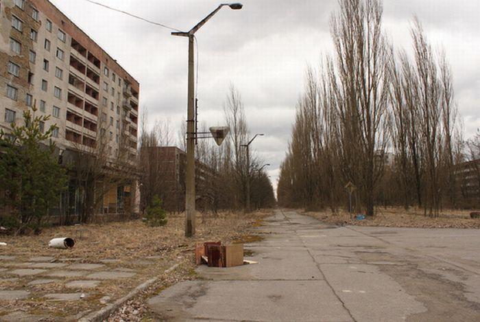 Chernobyl1 (700x469, 63Kb)