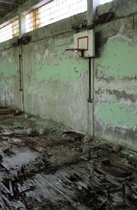 Chernobyl8 (458x700, 69Kb)