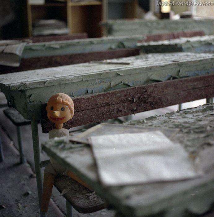 Chernobyl17 (691x700, 64Kb)