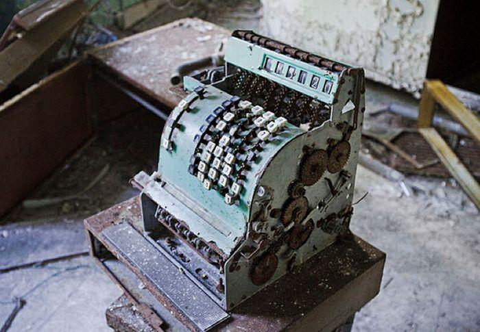 Chernobyl35 (700x485, 68Kb)