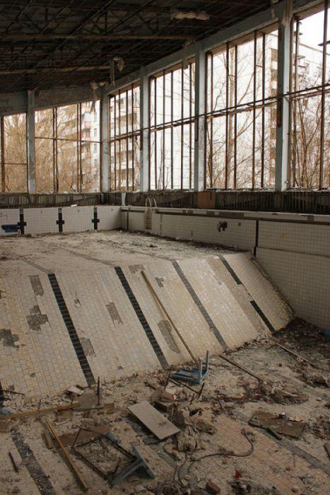 Chernobyl48 (467x700, 81Kb)