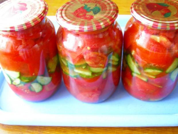 konservirovannji-salat-iz-pomidorov-i-ogurtsov_1289320977_0 (620x465, 38Kb)