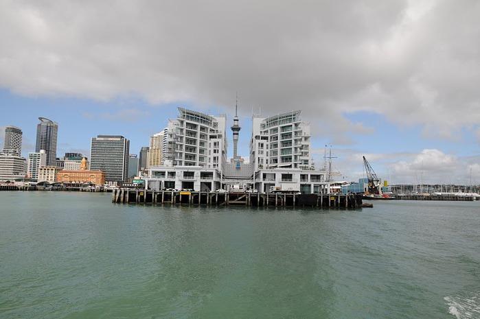 На Новой Зеландии 79944