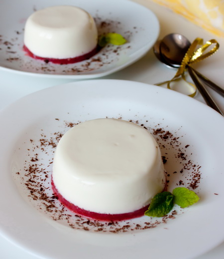 panna-cotta-strowberry-jelly (450x521, 76Kb)