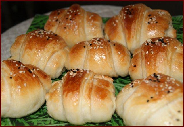 слоёные булочки с сыром