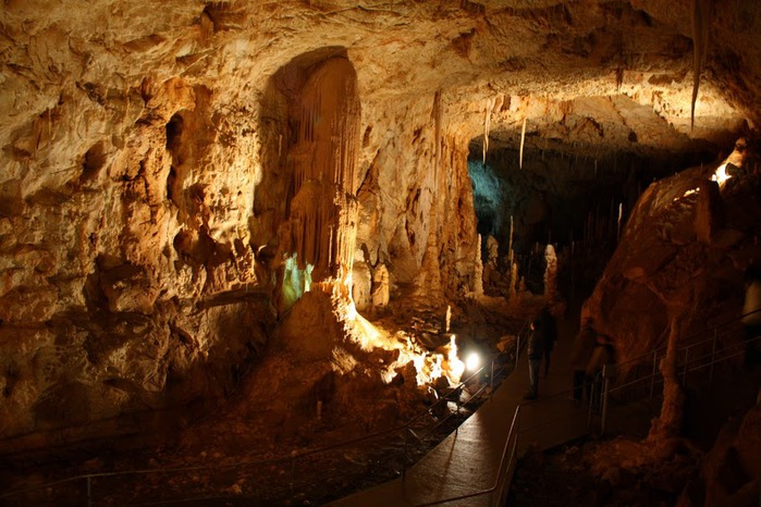 Медведь Пещера в селе Chiscau - Румыния - Bears' Cave, Chiscau, Romania, 66373