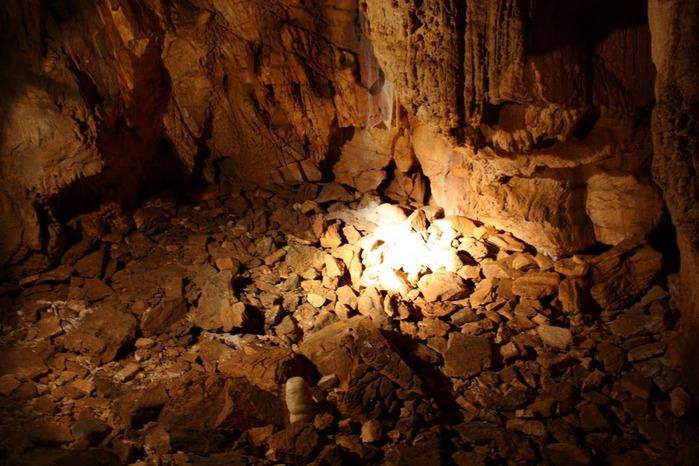 Медведь Пещера в селе Chiscau - Румыния - Bears' Cave, Chiscau, Romania, 41475