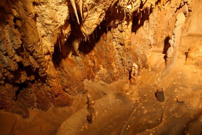 Медведь Пещера в селе Chiscau - Румыния - Bears' Cave, Chiscau, Romania, 52584