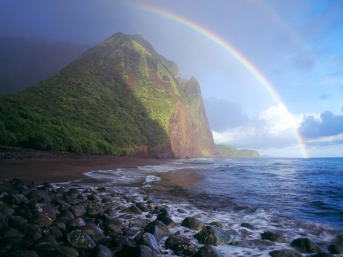 73492826_Misty_Rainbow_Waialu_Valley_Molokai_Hawaii (700x525, 57Kb)
