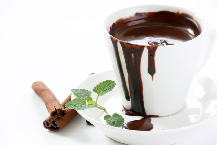 Как приготовить горячий шоколад дома/2822077_7968hot_chocolate (700x466, 66Kb)