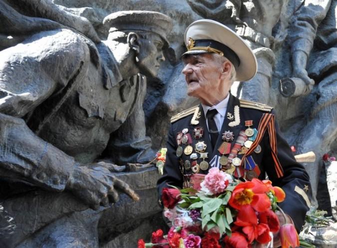 День Победы в Киеве, Украина, 9 мая 2011 года./2270477_45 (675x497, 119Kb)