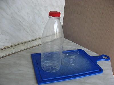 Пласт. бутылка (400x300, 28Kb)