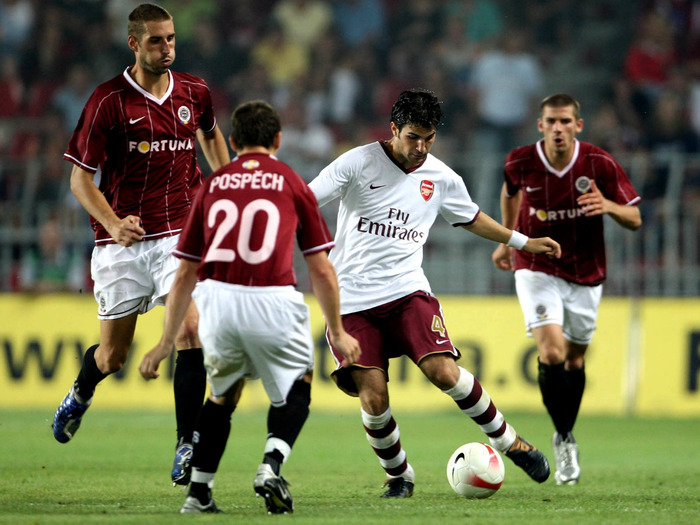 1001-futboll-pictures (700x525, 132Kb)