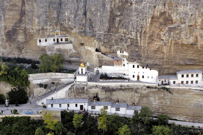 Средневековье монастырь разврат 18 фотография