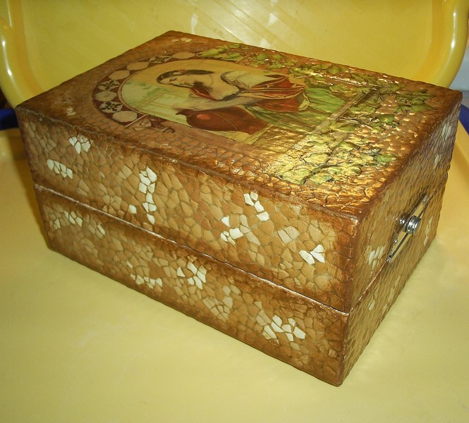 Шкатулка 2-medium (665x600, 107Kb)