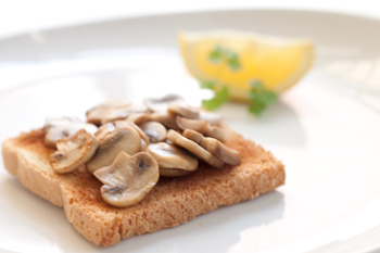 4278666_4550555912_2098b35a58_Toast_mushroom__toast_champignon_M (350x233, 30Kb)