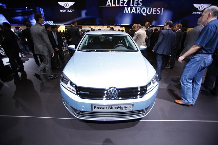 Volkswagen_Passat_1024_4ca432e5569c6 (700x466, 131Kb)