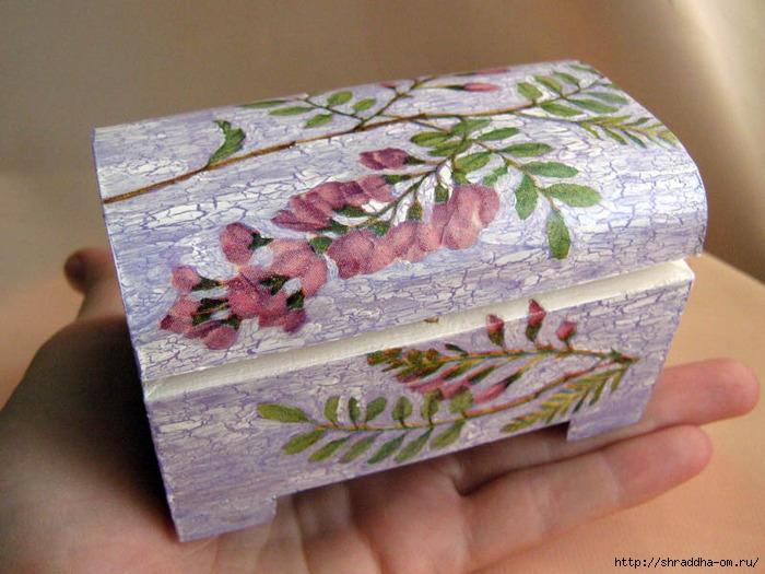 шкатулка, цветущая акация, акрил, декупаж, кракелюр, Shraddha 1 (700x525, 257Kb)