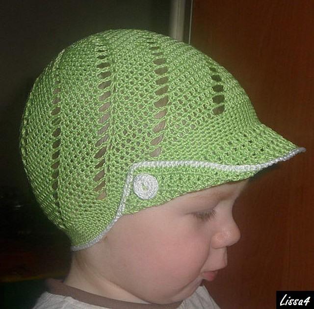 Вязаная кепка для мальчика.