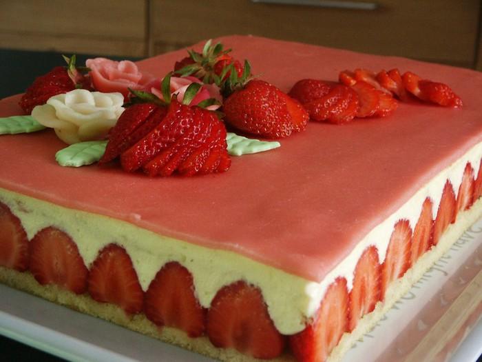 fraisier2__12_.JPG1286650969 (700x525, 79Kb)
