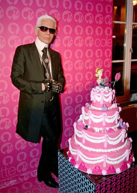karl-lagerfeld-barbie-anniversary-cake (470x659, 94Kb)