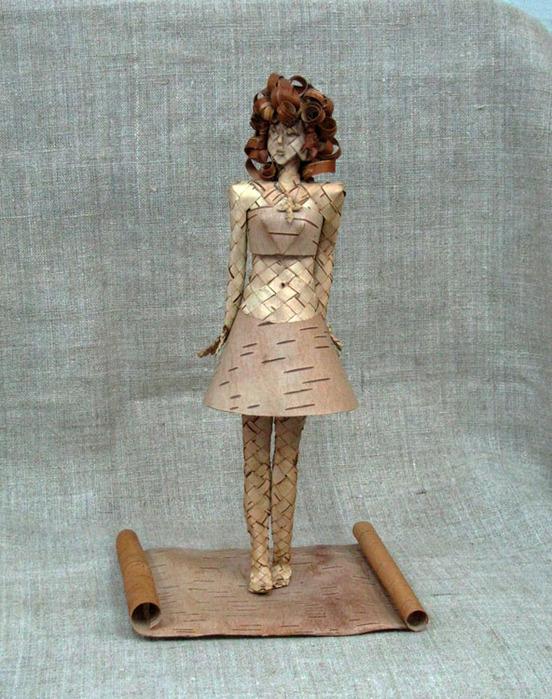 Берестяная скульптура.  Плетение из бересты.