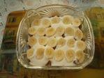 Превью Выкладываем банан на сметанный крем (700x525, 252Kb)