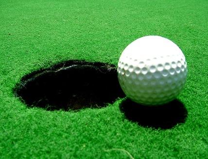 800px-Golfball